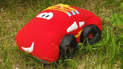 """Мягкая игрушка: красная машинка из мф """"Тачки"""" - подарок ребенку"""
