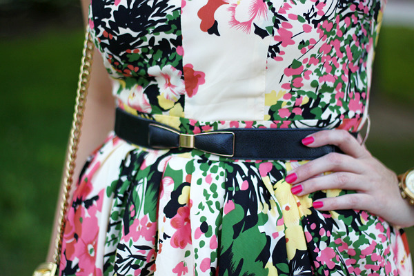 bow belt, darling, darling uk, what to wear to a summer wedding, floral dress