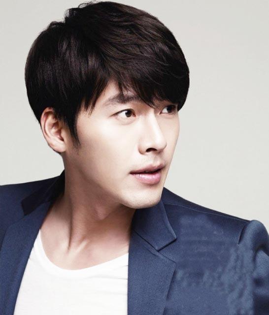 Simple Korean male hairstyle ideas for medium haircut