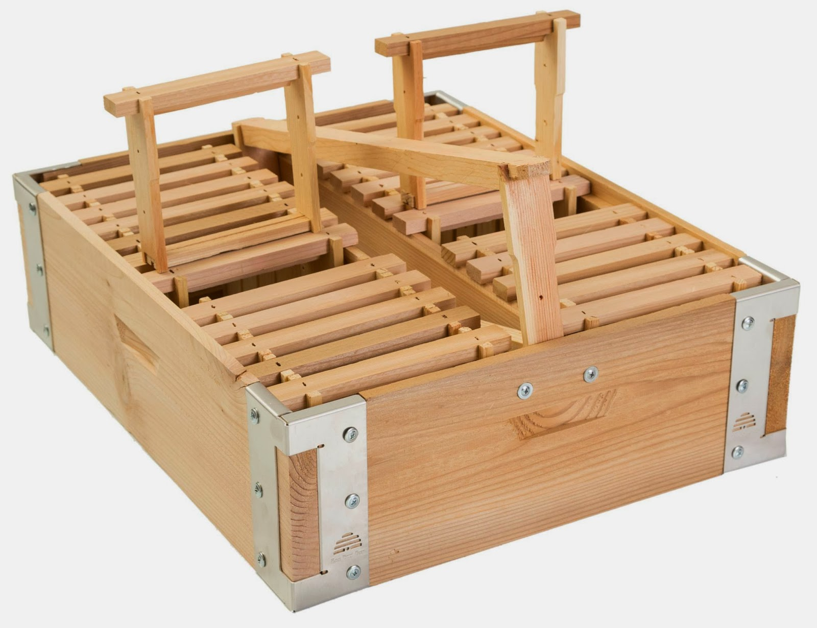 Natural comb eco bee box eco bee box modern beehives for Eco boxes