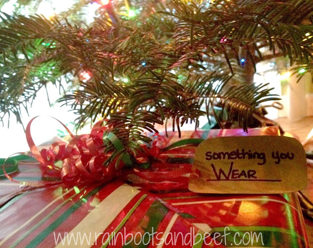 something you wear easy diy christmas tag