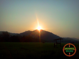 Matahari Terbit di Puncak Seprecet