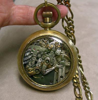 hada de hierro en reloj