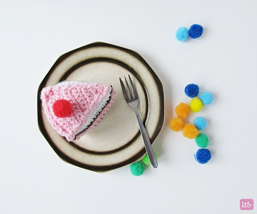 Crochet Cake Little Things Blogged