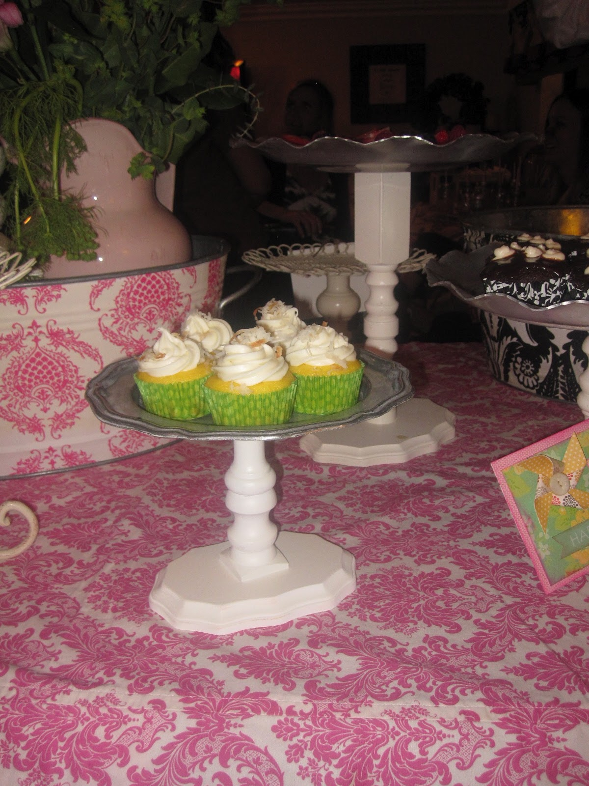 Garden Party Baby Shower With DIY Trays