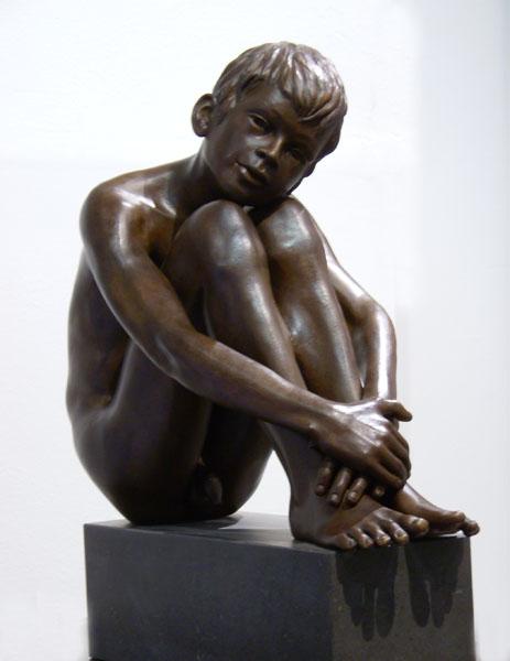 Скульптура Обнаженный Мальчик