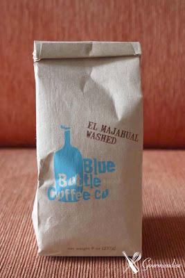Gourmandise café blue bottle