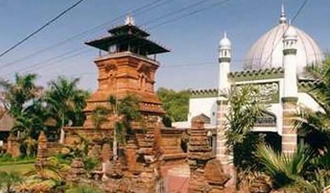 7 Mesjid dengan Menara yang Unik di Dunia