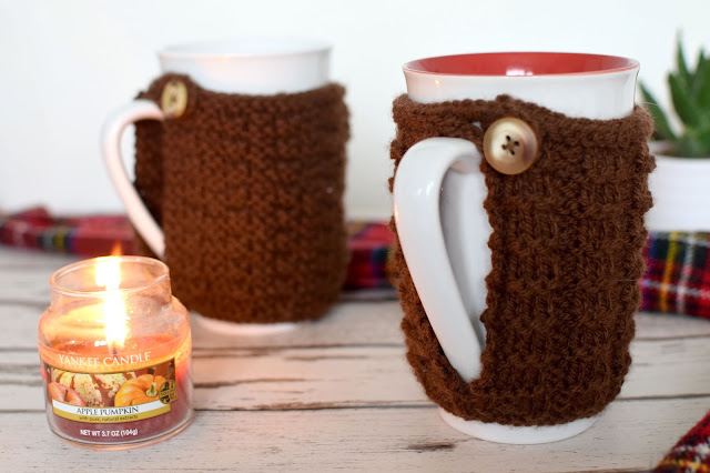 DIY knitted mug cozy