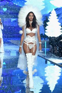 Lais Ribeiro – 2015 Victoria's Secret Fashion Show in NYC 3.jpg