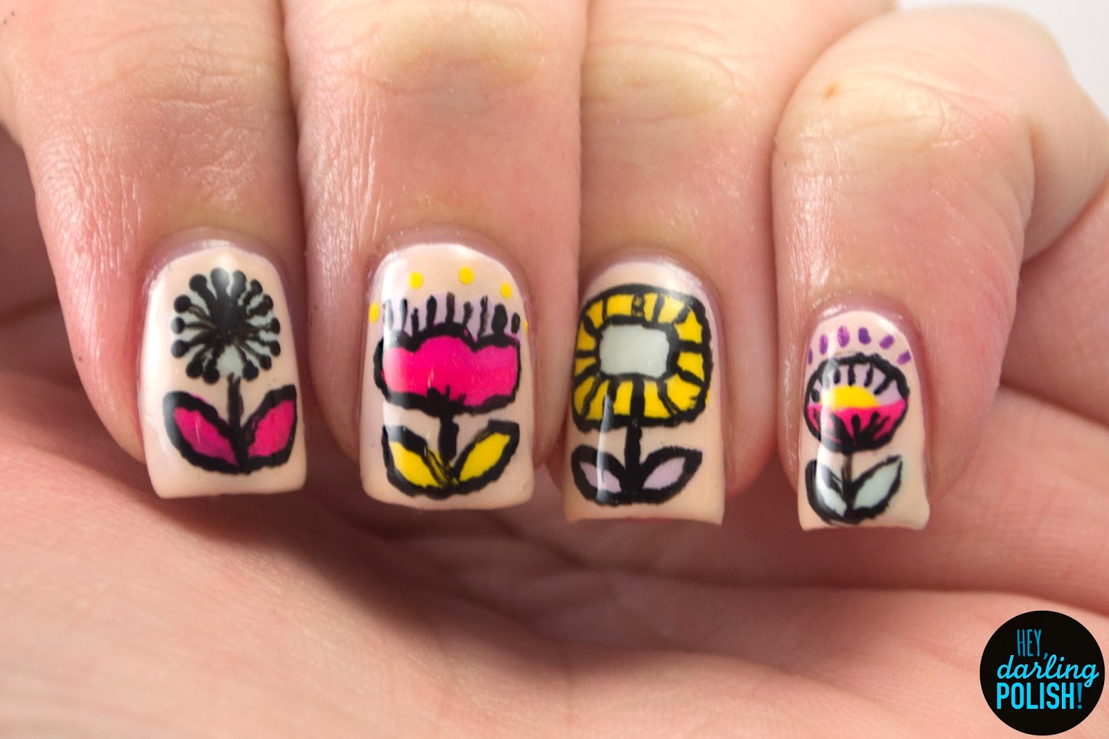 nails, nail art, nail polish, polish, golden oldie thursdays, flowers, hey darling polish, challenge, vintage, retro, pattern