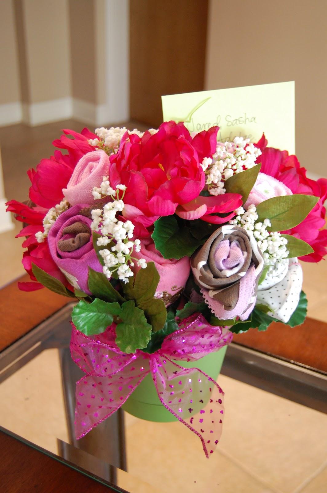 Prettysweet baby shower onesie bouquets