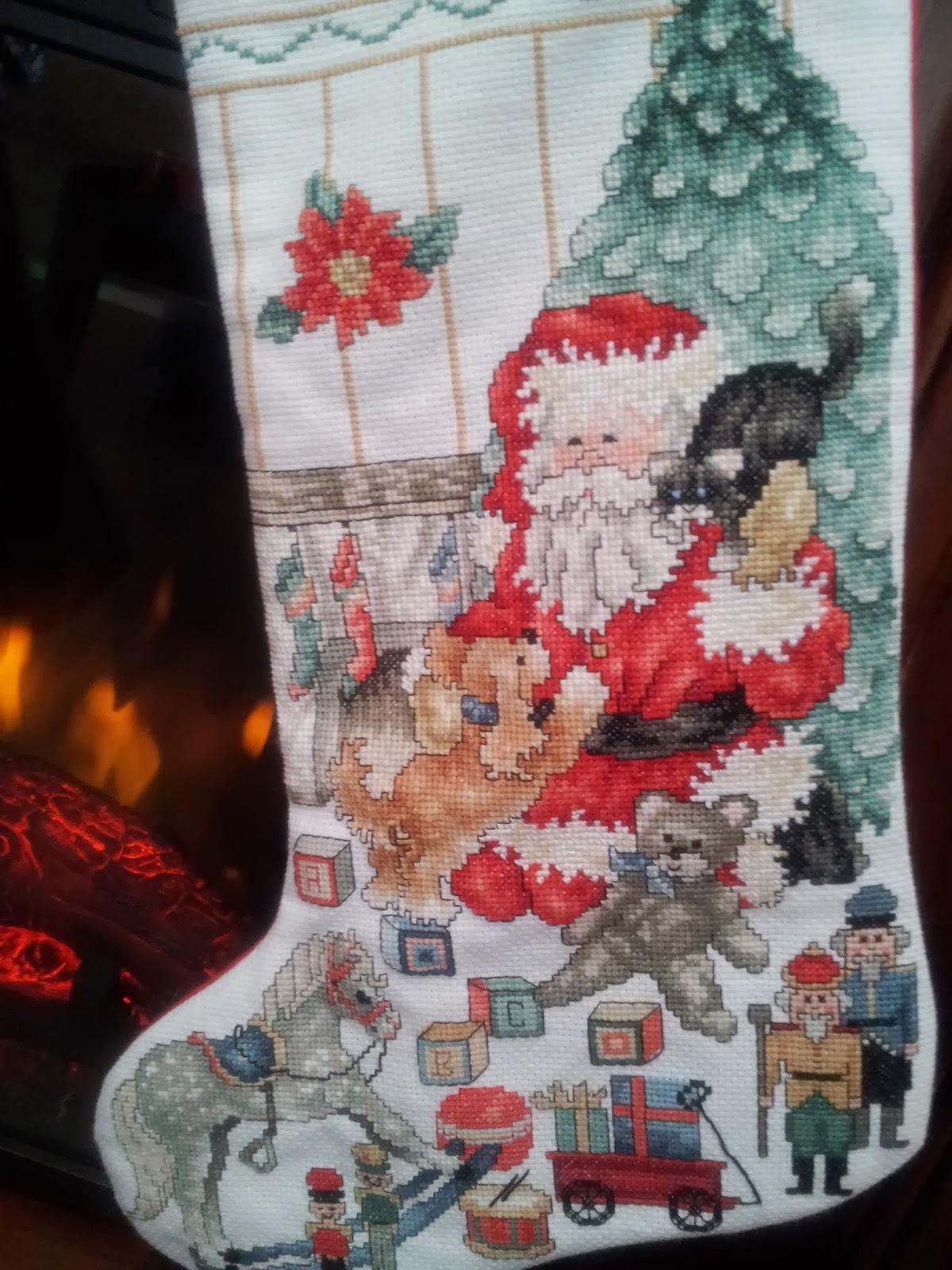 cross-stitch, embroidery, Christmas, kids, fireplace, Santa