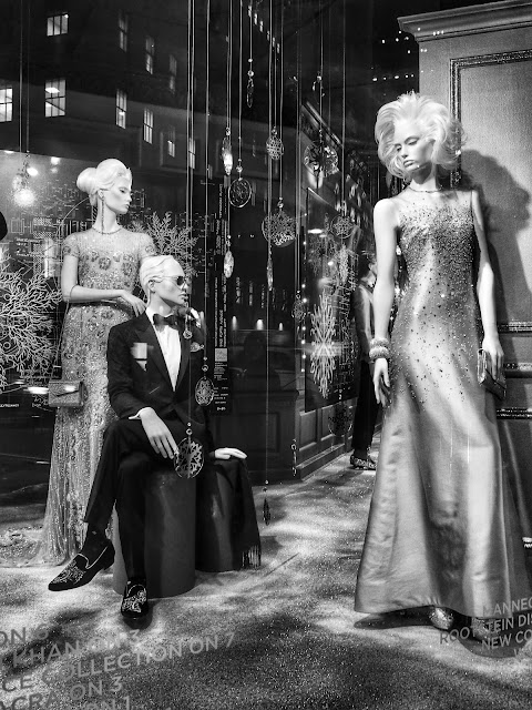 Jaded, Saks Fifth Avenue, #5thAvenueHolidayWindows NYC 2013