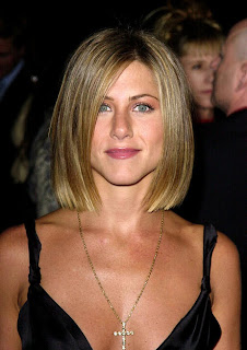 jennifer_aniston_hairstyle_2001.jpg