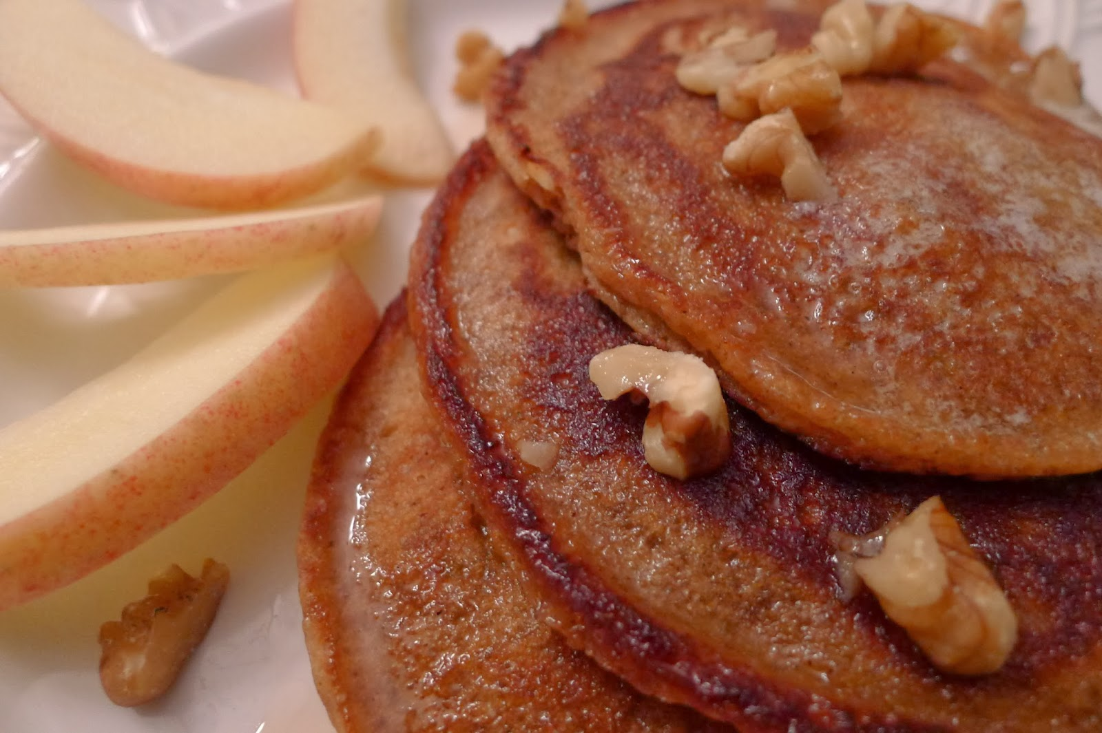 Apple Walnut Pancakes, breakfast recipe