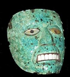 Aztec turquoise mask (British Museum, represents Xiuhtecuhtli, the god of fire). Máscara azteca de turquesas (Museo Británico, representa a Xiuhtecuhtli, el dios del fuego).
