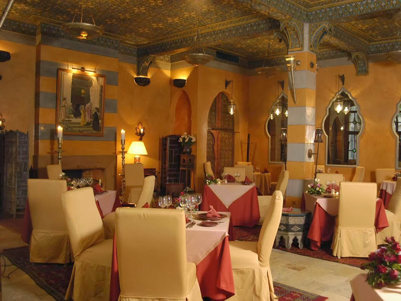 The menu is exclusively Moroccan, without being heavy. One can choose  title=
