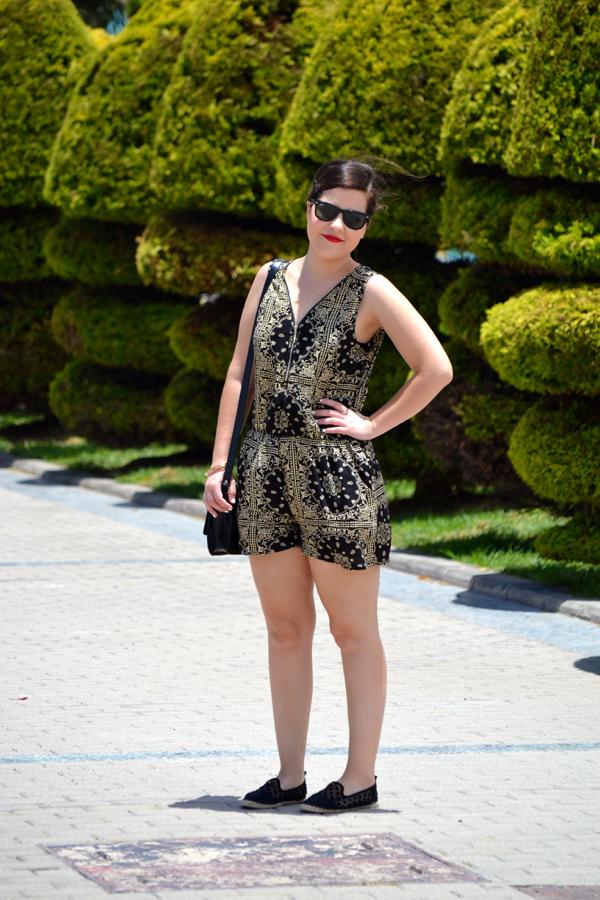 look_mono_estampado_alpargatas_lunares_primark_lolalolailo_03