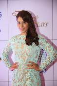 Rashi Khanna at Dinner with Stars-thumbnail-10