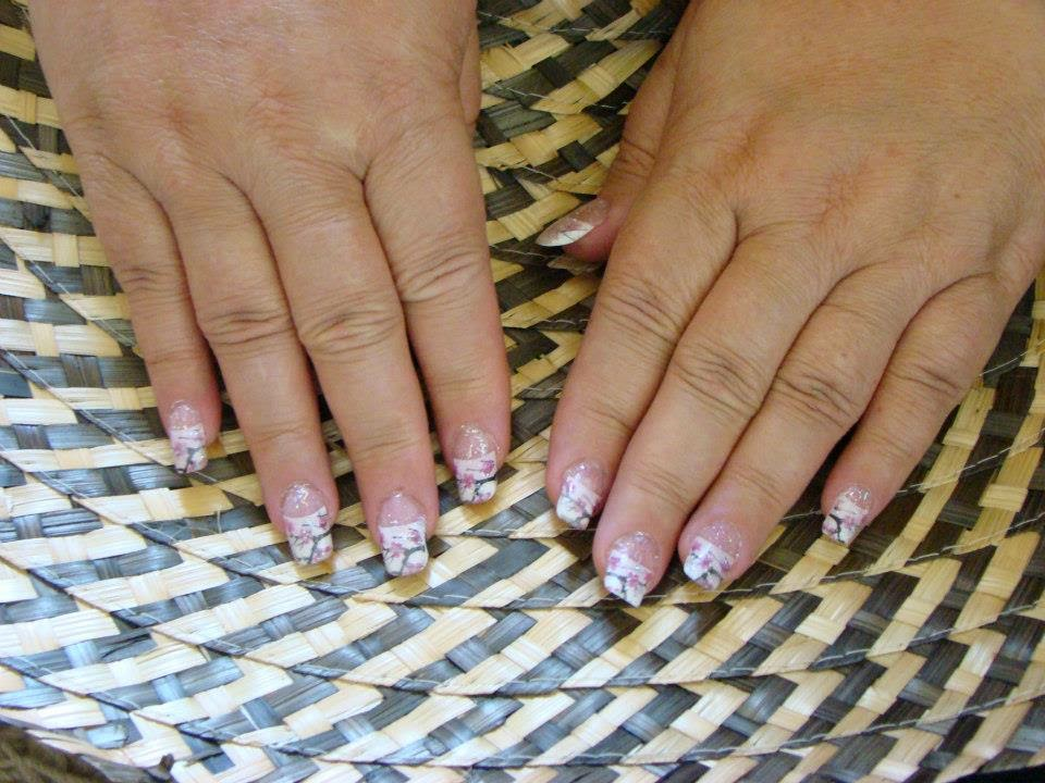 Simple-and-classic-cherry-pink-acrylics-french-manicure