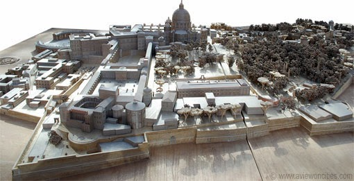 Scale-model-of-Vatican-City-in-the-Vatican-Museums