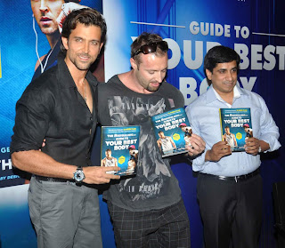 "Hrithik Roshan unveil his trainer Kris Gethin's latest book ""Guide to Your Best Body"""