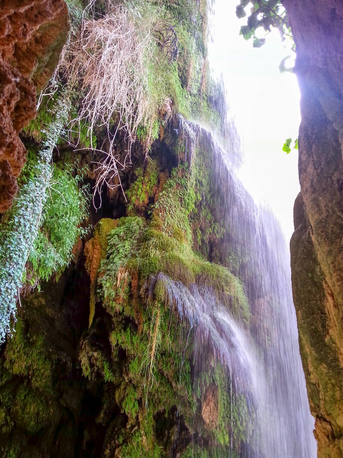 Cascada la Caprichosa. Guía de turismo del Monasterio de Piedra. Tu Maleta.