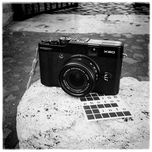 Fotografia della fotocamera compatta Fuji X20