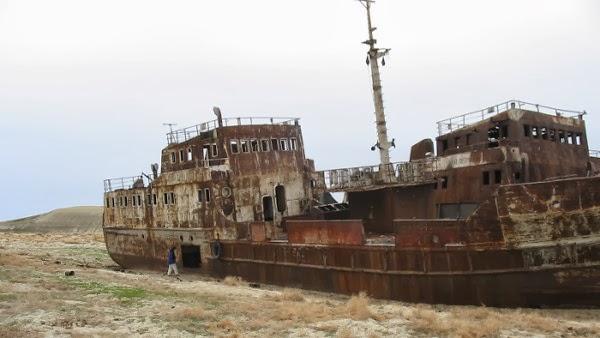 kapal laut aral