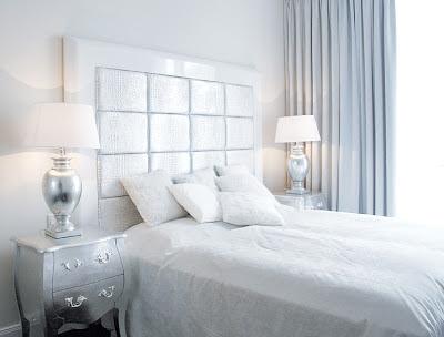Blanco y plata para un dormitorio for Dormitorio wengue y plata