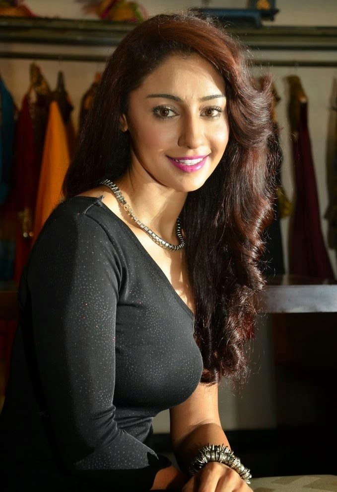 UNSEEN HOT SPICY: Mahek Chahal Hot Pic