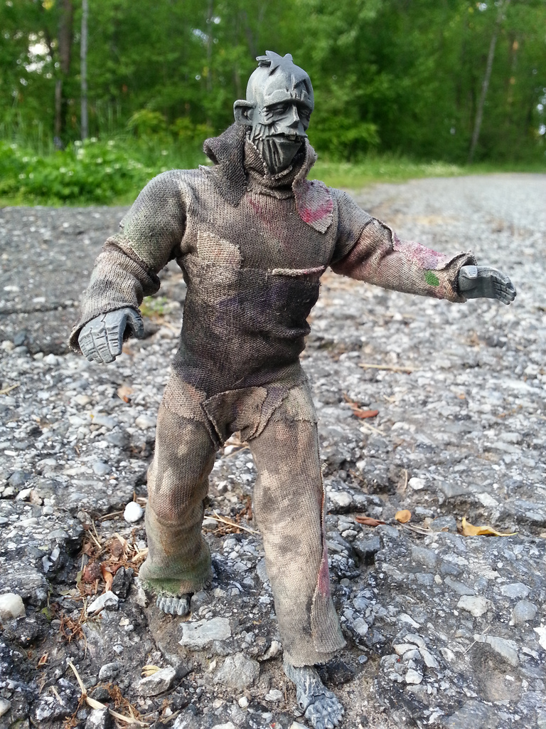Action Figure Barbecue: Action Figure Review: Assemblage Zombie from ...