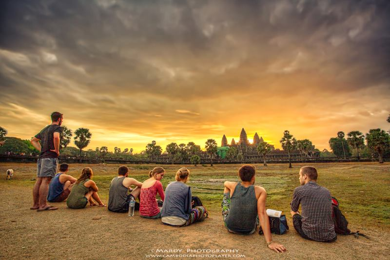 Sunset-at-Angkor-Wat-temple