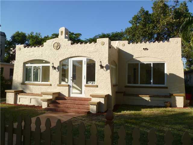 miami riches real estate blog little havana history and real estate. Black Bedroom Furniture Sets. Home Design Ideas