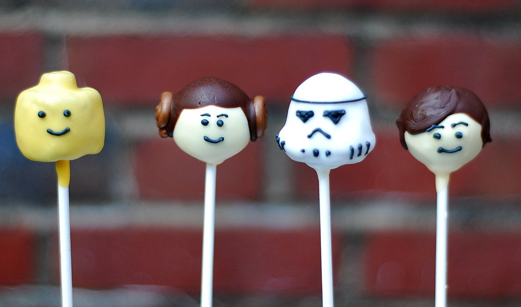 Star Wars Cake Pop Images : Marzipan: Lego Star Wars Brownie Pops