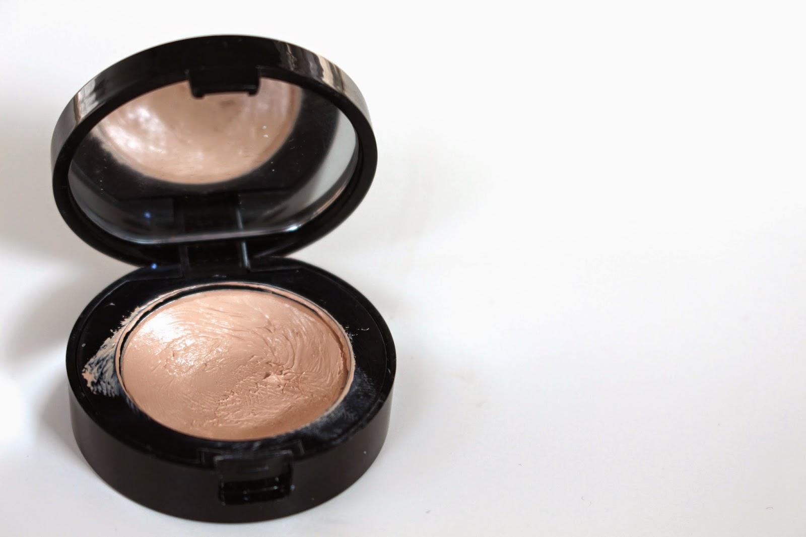 Bobbi Brown Creamy Concealer Review