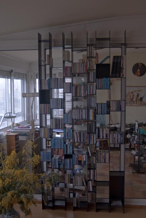 Monroy proyectos iluminaci n dise o de l mparas lago monroy estanter a cd s - Lampara estanteria ...