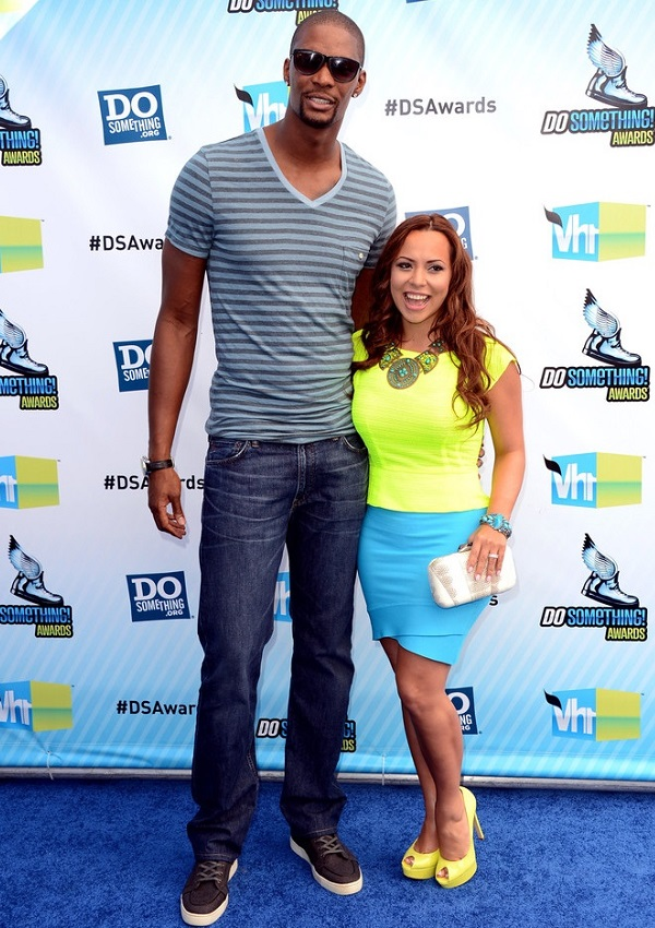 celebrity heights how tall are celebrities heights of celebrities how tall is adrienne bosh. Black Bedroom Furniture Sets. Home Design Ideas