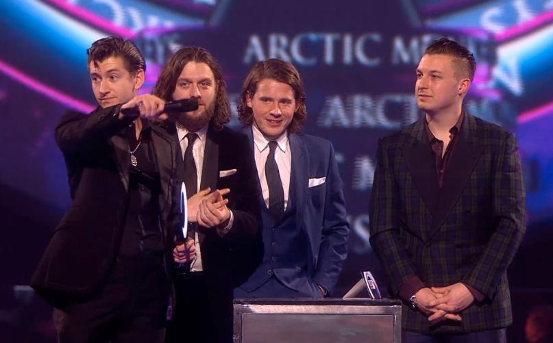 10 Penyanyi/Band Terbaik Tahun 2014