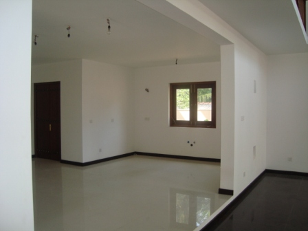 Properties in sri lanka 550 architect designed two for Bathroom design in sri lanka