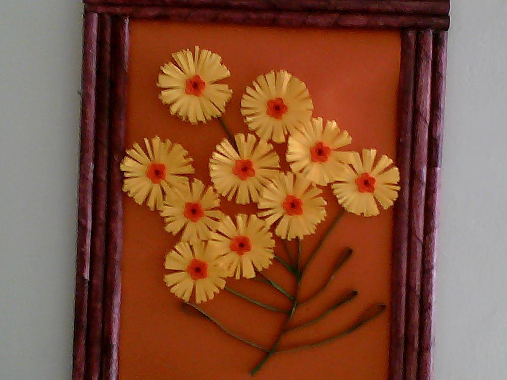 El rincon de las manualidades de sarita cuadros en filigrana for Papel pintado imitacion periodico