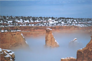 Fog_at_Colorado_National_Monument_Grand_Junction,_Colorado