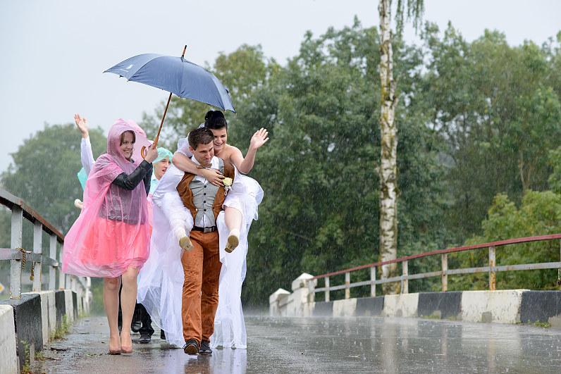 Vestuvių reportažas lietuje