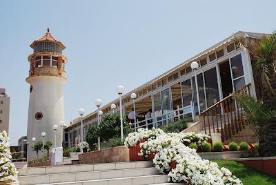 Beschrijving: http://4.bp.blogspot.com/-Iv5dTsojUD8/TkGYoBiV7BI/AAAAAAAAEk0/gtug3AOi5t4/s400/lighthouse1.jpg