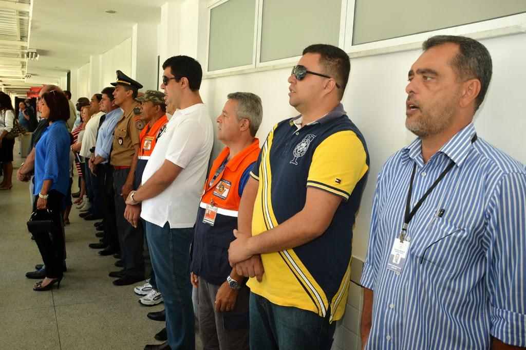 Além do prefeito Arlei, o vice-prefeito Márcio Catão, secretários municipais e representantes do 16º Grupamento Bombeiros Militares participaram da solenidade