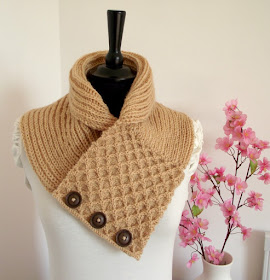 Honey Waffle Cowl Knitting Pattern