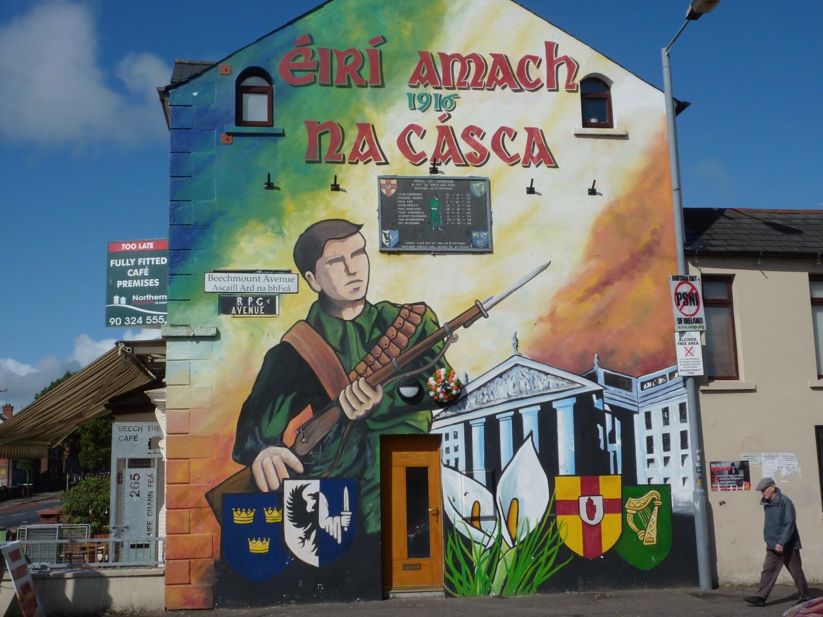 Histoire s de voyager juillet 2013 for Easter rising mural