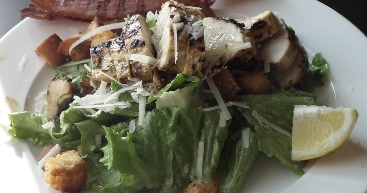 Faits avec amour les aventures culinaires de kiki salade - Recette salade cesar au poulet grille ...