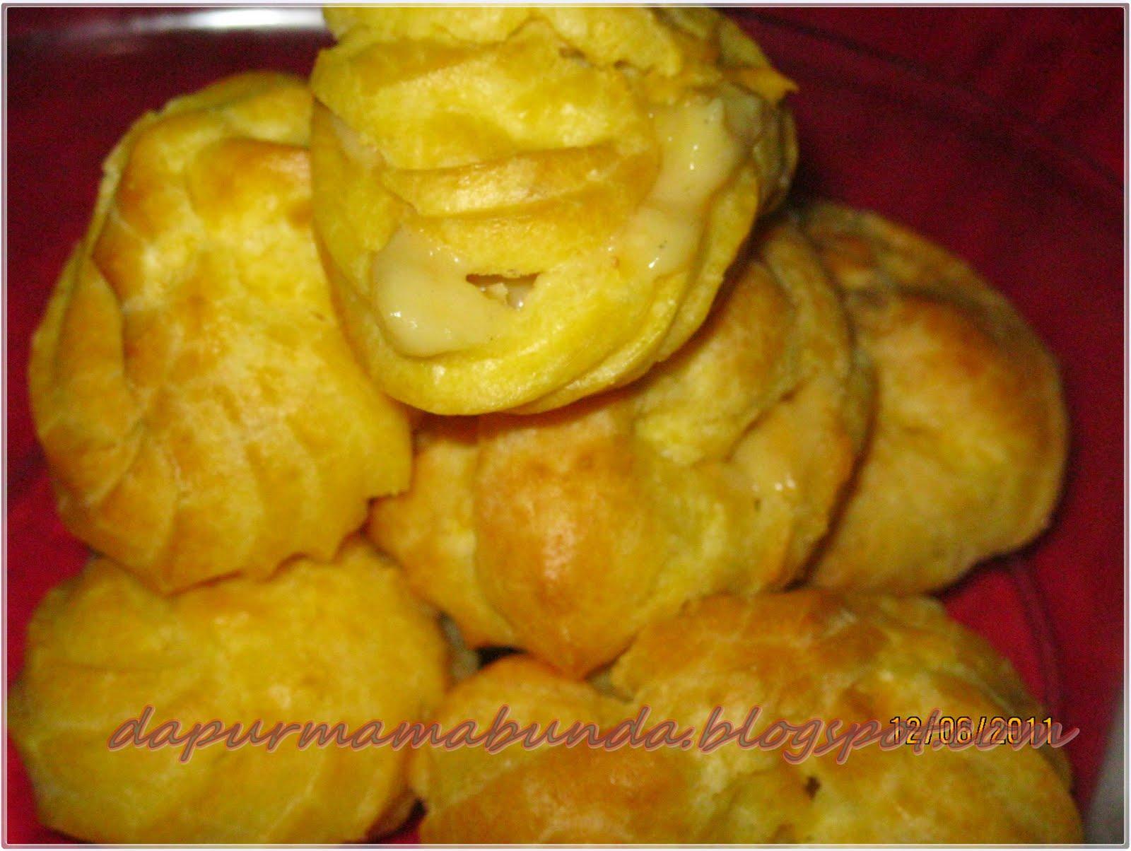 Kue Soes vla durian (Sumber: Milis DapurBunda )
